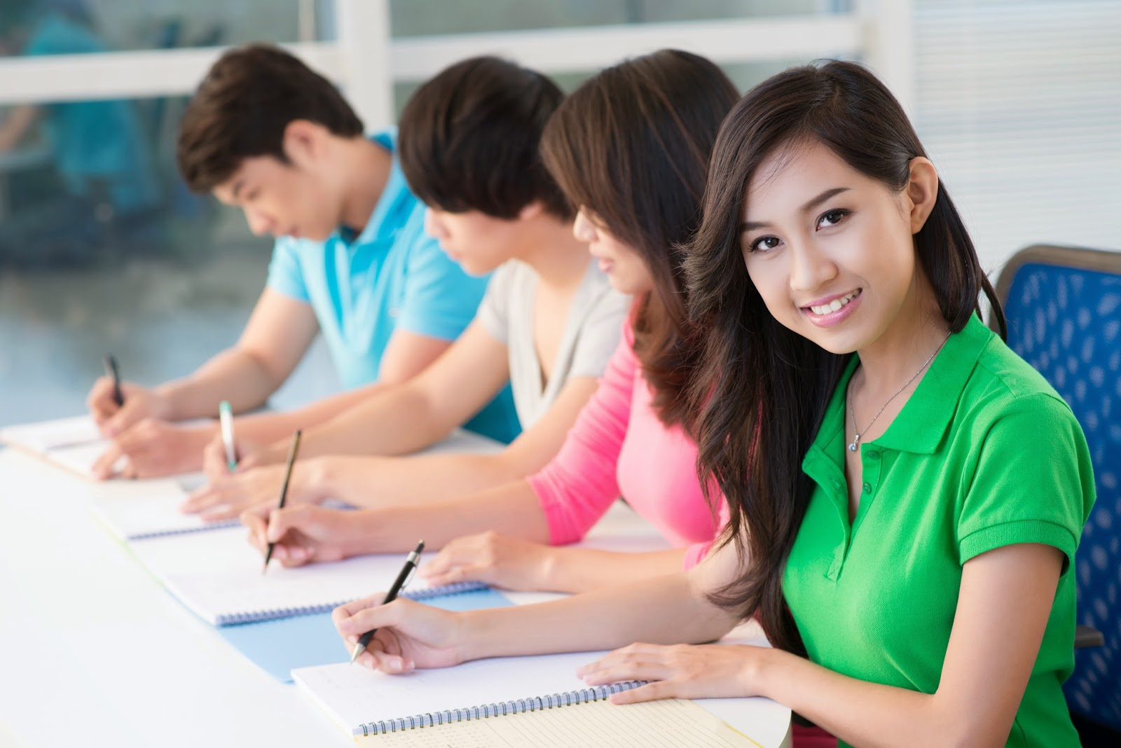 How to study free in Australia with scholarships